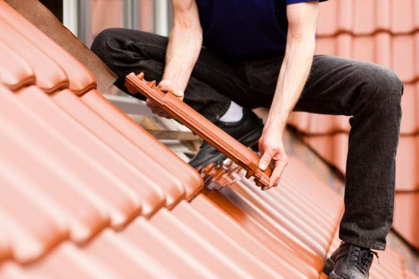 , What Are The Advantages of Using a Roofing Company in Perth?